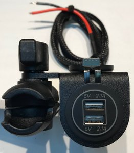 SPYDER EXTRAS 12 VOLT DUAL USB 90 DEG PLATE SF3RT-USB-1