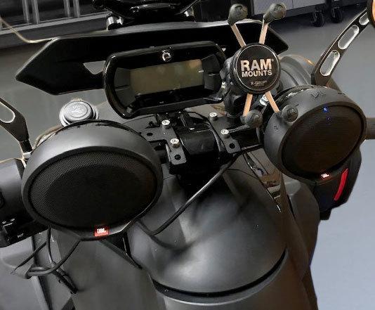 2019 Can-Am Ryker Parts & Accessories 12 VOLT DOCKING STATION & JBL SPEAKER KIT RYK-1U12-JBL (1-DUAL USB, 1-12 Volt)
